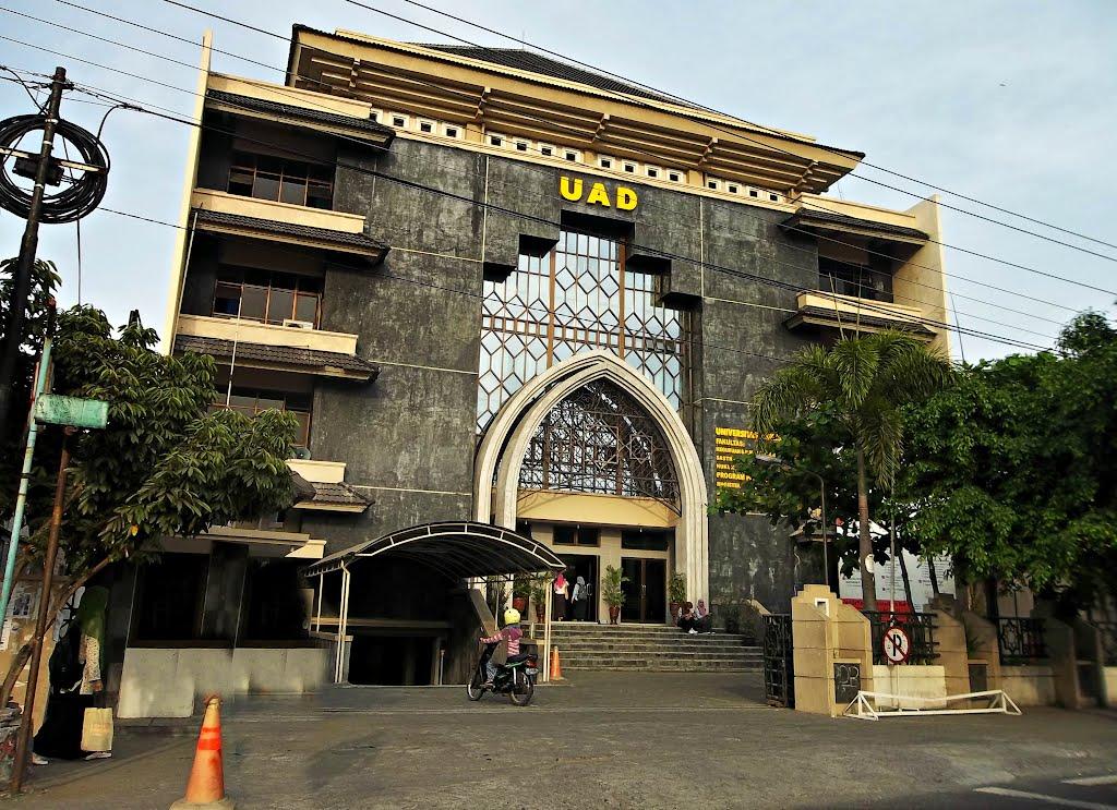 Pendaftaran Universitas Amad Dahlan (UAD) 2017-2018 Yogyakarta