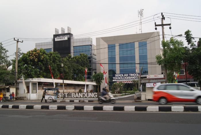 Biaya Kuliah S1 Teknik Industri Sekolah Tinggi Teknologi Bandung (STTB)