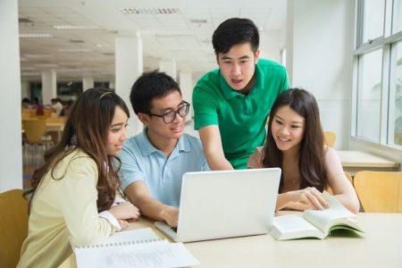 Kelas Karyawan S1 Marketing Communication & Advertising Di Yogyakarta